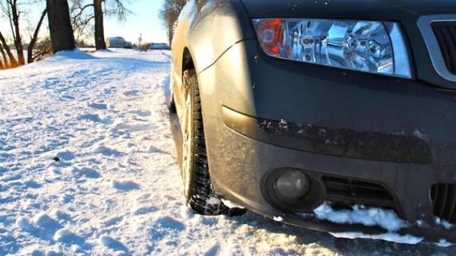 Úzké pneumatiky podle testu hůře brzdí, Foto:SXC