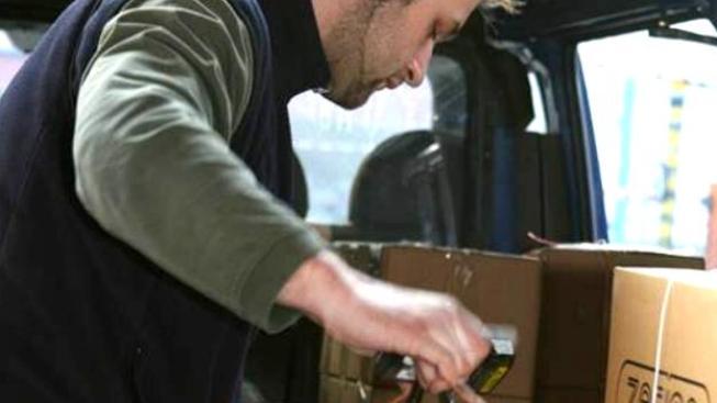 Zákazníci u obou služeb mohou měnit dispozice zásilek přes webové stránky České pošty, Foto: CPOST