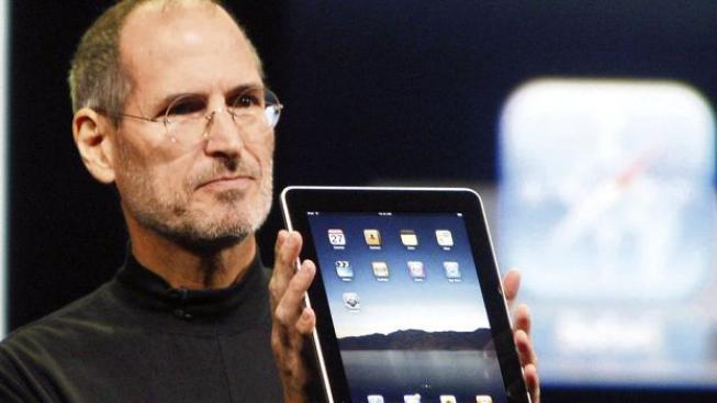 Na více než 500 miliard dolarů stoupla na počátku roku 2000 také hodnota firem Cisco Systems, Intel a General Electric, Foto: Apple