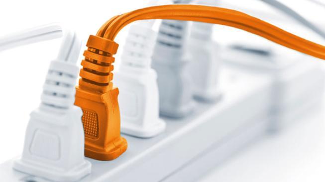 Co vše je neoprávněným odběrem energie (tj. elektřiny, plynu a tepla), vymezuje energetický zákon. V prvé řadě se jedná o odběr energie bez uzavřené smlouvy o dodávce energie nebo o odběr energie při opakovaném neplnění platebních povinností vyplývajících
