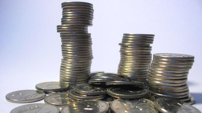 Příspěvek na péči pro zdravotně postižené se zvýší, poroste i penze