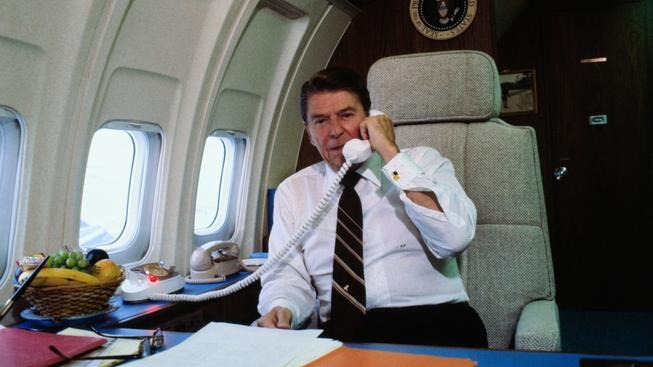 Ronald Reagan na palubě Air Force One