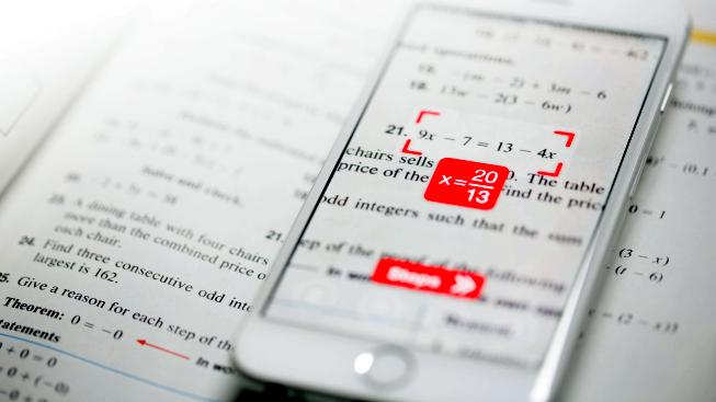 Zapomeňte na taháky, rovnice za vás vyřeší váš mobil