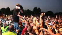 Na festivalu Hip Hop Kemp jsou již tisíce lidí