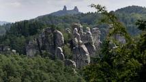 Dobrovolníci budou mapovat rytiny ve skalách Českého ráje