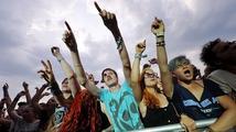 Návštěvníky Rock for People zahalil smutek. Legenda Faith No More nevystoupila