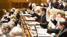 Senát se sejde k projednání zákona o dávkách zdravotně postiženým