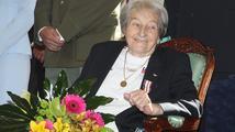 Sportovní legenda Zátopková slaví 90 let