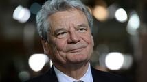 Gauck se pokloní Lidicím. Jako první německý prezident