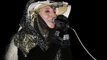 Extravagantní zpěvačka Jana Kratochvílová dnes slaví šedesátiny