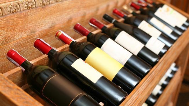 Příznivý vliv červeného vína se přeceňuje, tvrdí studie