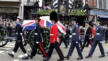 Británie dala sbohem Margaret Thatcherové (†87). Ztichl i Big Ben