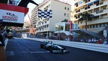 Velkou cenu Velké Británie vyhrál Nico Rosberg, Vettel závod nedokončil