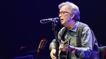 Clapton ze zdravotních důvodů zrušil vídeňský koncert. Pražský zatím platí