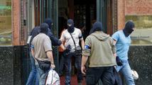 Protikorupční policie zasahuje ve státních exportních firmách ČEB a EGAP