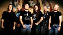 Iron Maiden vystoupí dnes v Praze