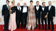 Emmy získaly seriály Perníkový táta i Taková moderní rodinka