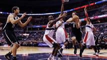 Washington padl v NBA opět v prodloužení. Veselý do hry nazasáhl