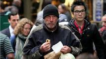 Bezdomovec Richard Gere zmátl turistku a dostal od ní pizzu