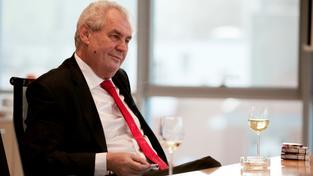 Miloš Zeman s vínem