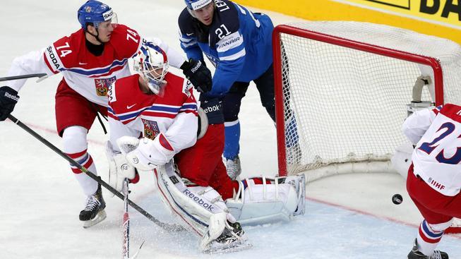 Česko vs. Finsko 0:3. Hokejisté budou hrát se Švédy o bronz.  Semifinále jsme sledovali ONLINE