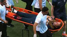 To je nešika! Anglický fyzioterapeut si při oslavě gólu poranil kotník a jede domů