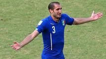 Kousnutý Chiellini překvapil: Trest pro Suáreze je přemrštěný. Mé myšlenky jsou s ním