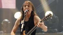 Kytaristu AC/DC Malcolma Younga hospitalizovali