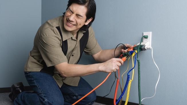 spotřebiče, zásuvka, kabely