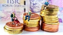 Důchodci si přilepší. Penze se zvýší průměrně o 200 korun