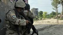 Sebevražedný útočník zabil v Afghánistánu tři vojáky NATO