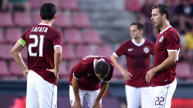 Fotbalisté Sparty na úvod EL prohráli v Neapoli 1:3