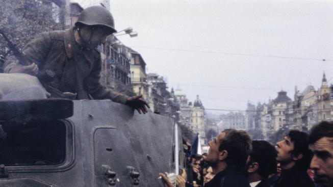 Připomínáme si vpád vojsk Varšavské smlouvy do Československa