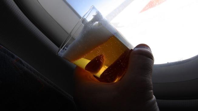 V kanadském letadle řádily dvě opilé ženy. Muselo nouzově přistát