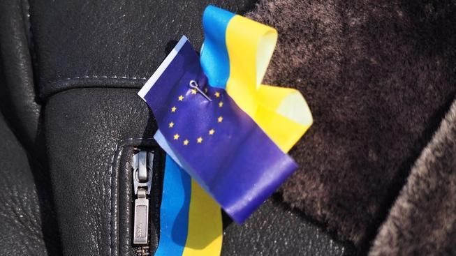 Ukrajina ratifikovala smlouvu o přidružení. Má tak o krok blíže ke členství v EU