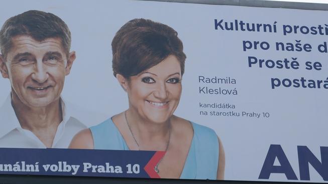Volební plakát ANO. Kdo na něm ztvárnil Radmilu Kleslovou?