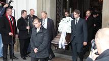 Pozůstalí a přátelé se rozloučili s Pavlem Landovským