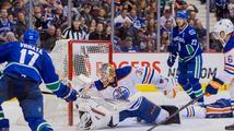 Třetí zápas a třetí gól. Útočník Vrbata si v NHL drží střeleckou formu