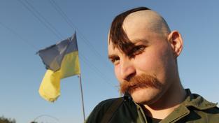 Příslušník ukrajinských jednotek, které bojují s proruskými rebely na východě země