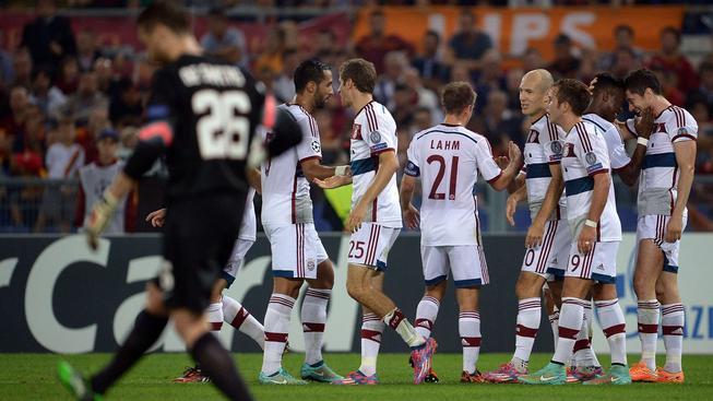 Gólové hody v LM: Bayern potupil AS Řím, Čech má nulu i vysokou výhru