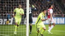 Barcelona díky Messiho rekordu slaví postup, Čech přispěl jen k remíze