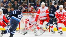 Mrázek v souboji českých brankářů v NHL předčil Pavelce