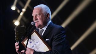 Václav Klaus letos v Rusku převzal Cenu Jegora Gajdara