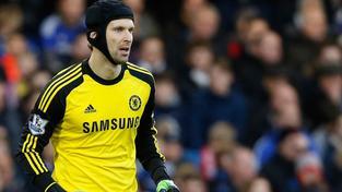 Gólman Chelsea Petr Čech při utkání Premier League s Hullem
