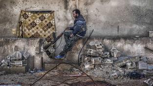 Kurdové dlouhé měsíce svádí s IS tvrdé boje o Kobani