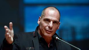Novým řeckým ministrem financí se stal ekonom Janis Varufakis.