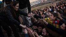OSN uprchlíky jen krmí, s návratem domů jim nepomáhá, píše Angelina Jolie