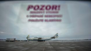 Antonov An-225 na ostravském letišti v Mošnově