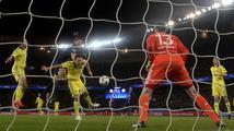 Osmifinále LM začalo remízami. Chelsea zachránil skvělý Courtois