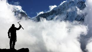 Everest se topí v odpadcích i výkalech, horolezci po sobě neuklízejí. Ilustrační snímek